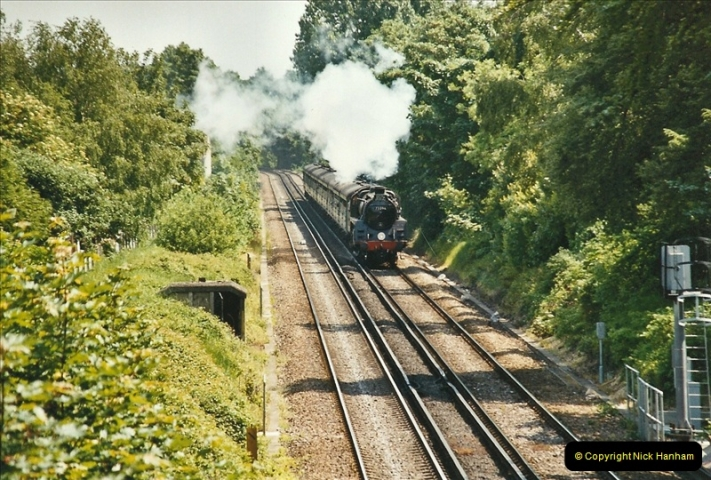 2004-05-26 Parkstone, Poole, Dorset.  (10)534