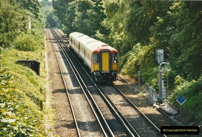2004-05-26 Parkstone, Poole, Dorset.  (3)527