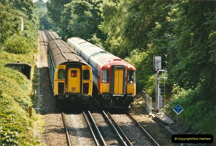 2004-05-26 Parkstone, Poole, Dorset.  (8)532