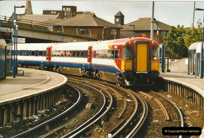2004-07-25 Poole, Dorset.  (2)562