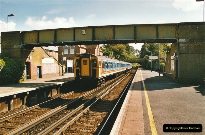 2004-08-14 End of slam door stock in the Poole, Dorset area (20)592