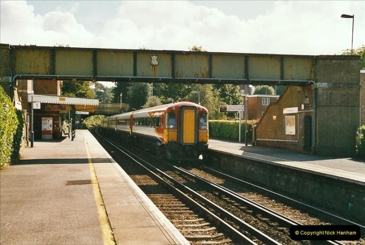 2004-08-14 End of slam door stock in the Poole, Dorset area (21)593