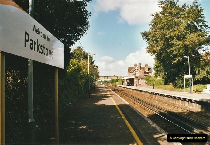 2004-08-14 End of slam door stock in the Poole, Dorset area (22)594