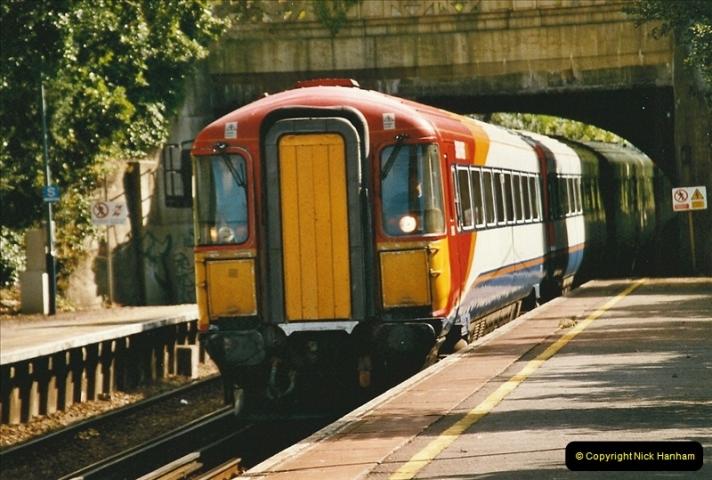 2004-08-14 End of slam door stock in the Poole, Dorset area (32)604