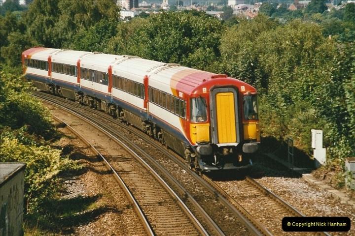 2004-08-14 End of slam door stock in the Poole, Dorset area (34)606