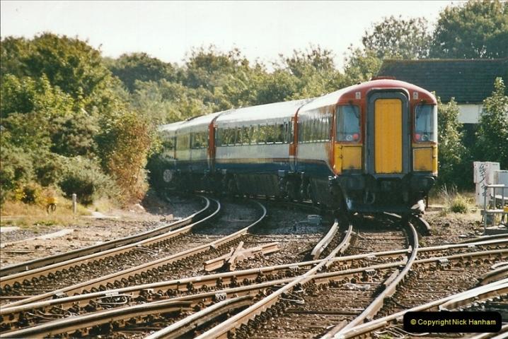 2004-08-14 End of slam door stock in the Poole, Dorset area (3)575