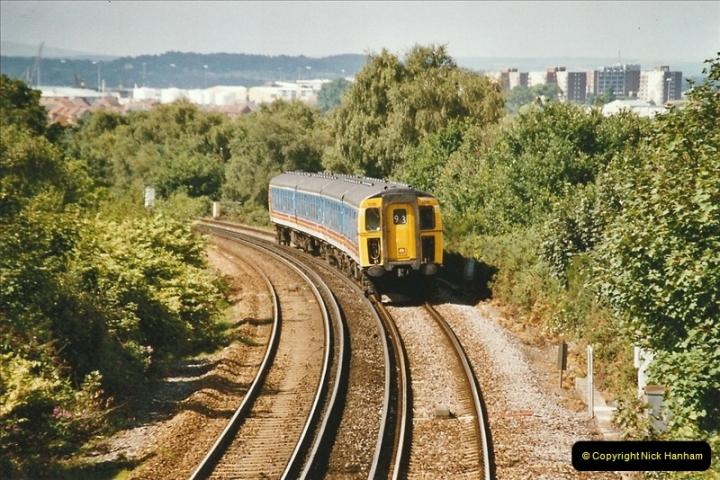 2004-08-14 End of slam door stock in the Poole, Dorset area (38)610