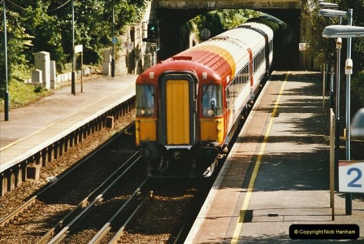 2004-08-14 End of slam door stock in the Poole, Dorset area (42)614