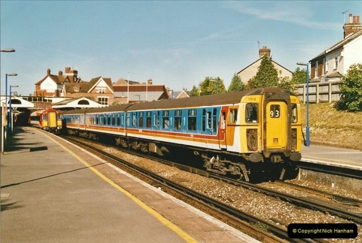 2004-08-14 End of slam door stock in the Poole, Dorset area (4)576