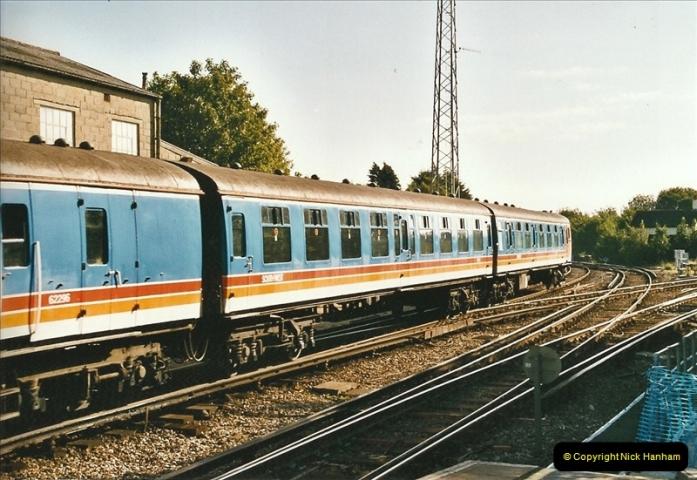 2004-08-14 End of slam door stock in the Poole, Dorset area (5)577