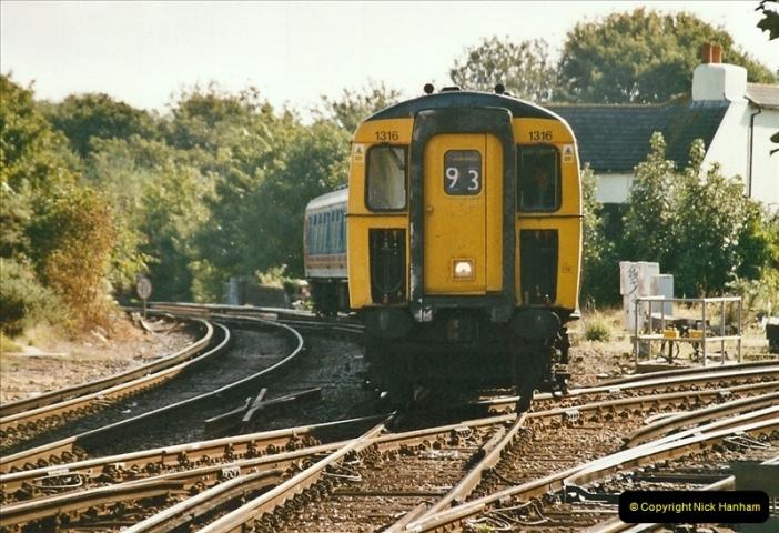 2004-08-14 End of slam door stock in the Poole, Dorset area (8)580