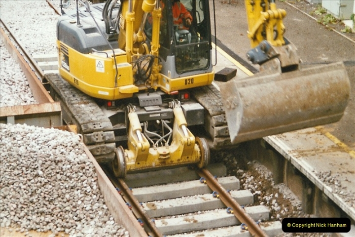2004-09-12 Renewal of the up line @ Parkstone, Poole, Dorset.  (7)634