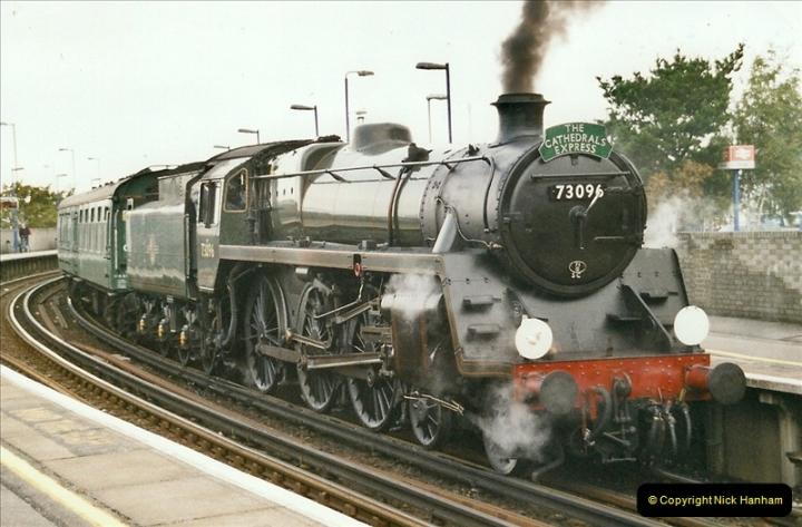 2004-09-22 Poole, Dorset.  (6)650