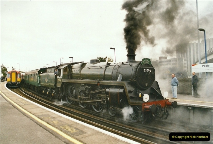 2004-09-22 Poole, Dorset.  (8)652