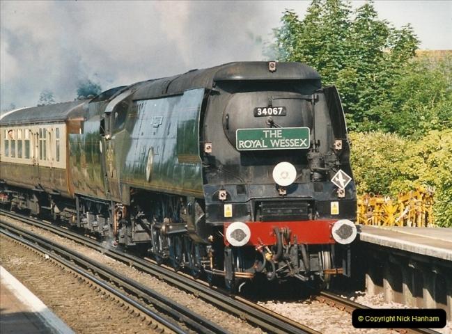 2005-06-18 Parkstone, Poole, Dorset.  (3)658