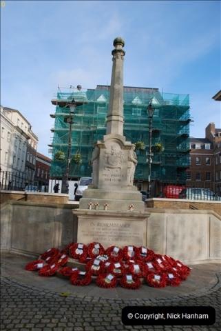 2010-11-24 Richmond War Memorial. (1)01