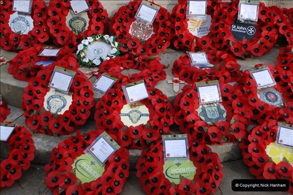 2010-11-24 Richmond War Memorial. (2)02