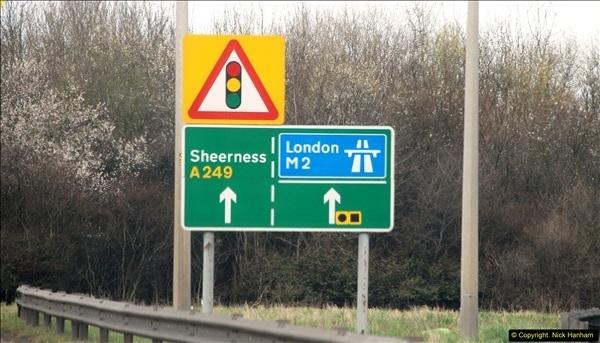 2016-04-02 Motorway and Dual Carriageway signs.  (1)084