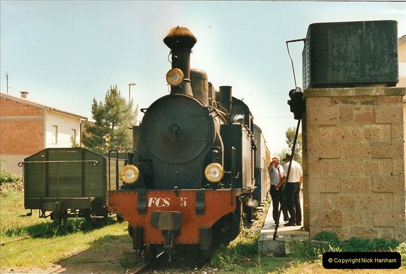 13 May to 20 May 2000  (124)001