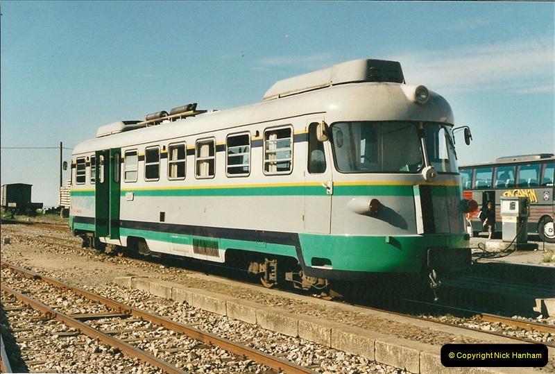 13 May to 20 May 2000  (360)001
