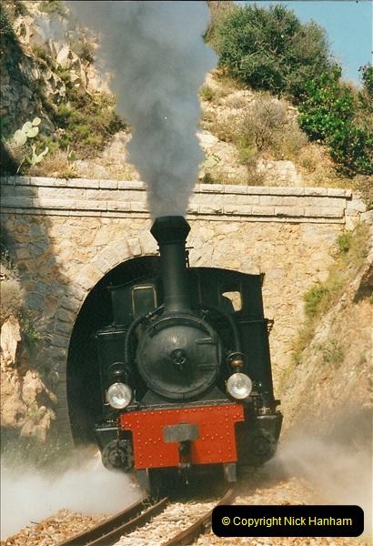 13 May to 20 May 2000  (484)001