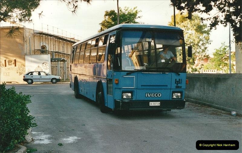 13 May to 20 May 2000  (498)001