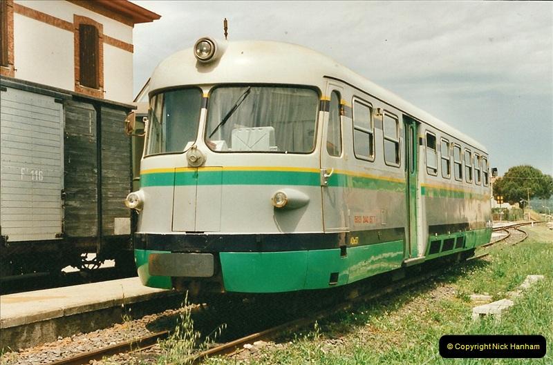 13 May to 20 May 2000  (61)001