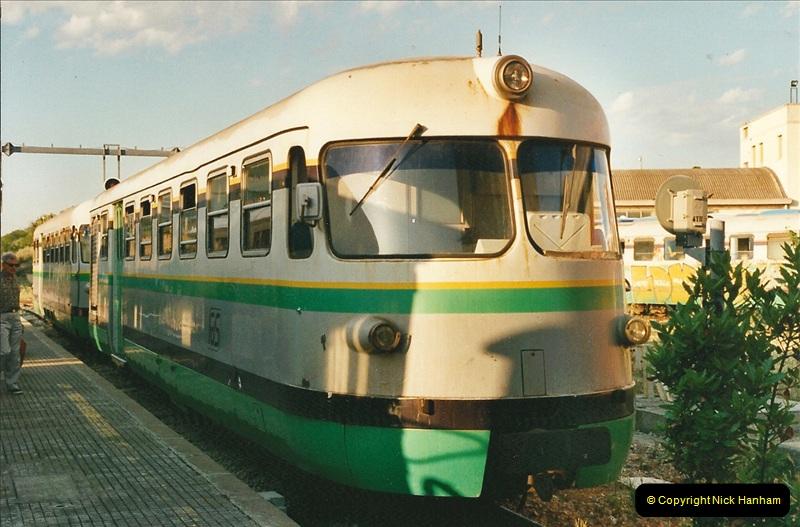 13 May to 20 May 2000  (87)001