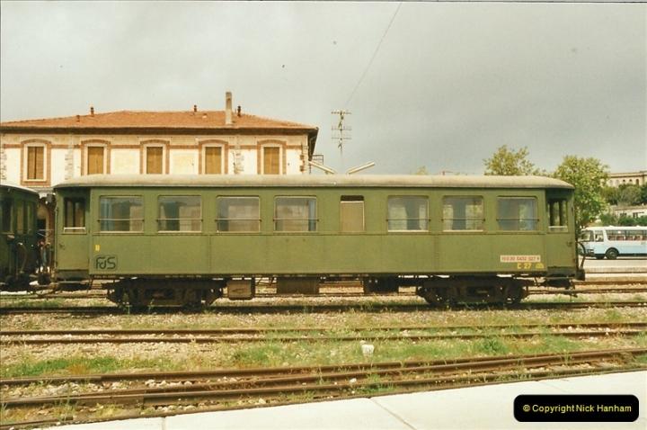 13 May to 20 May 2000  (53)001