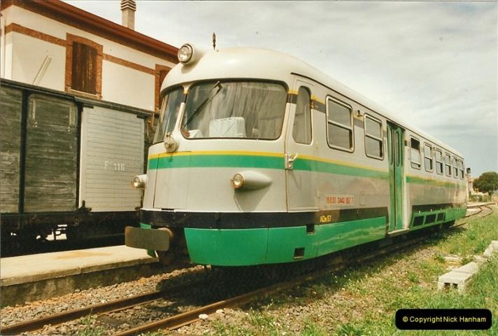 13 May to 20 May 2000  (62)001