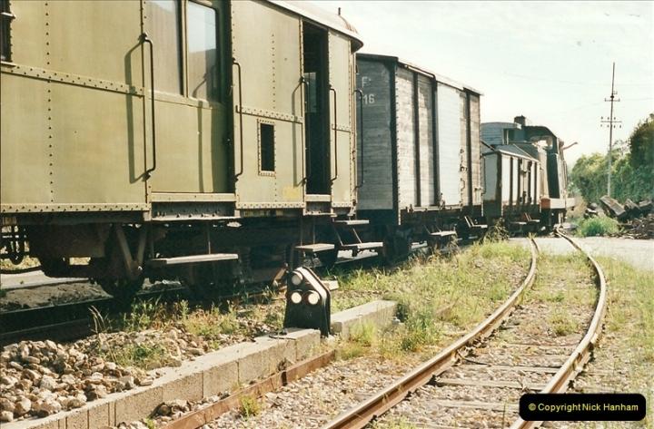 13 May to 20 May 2000  (73)001
