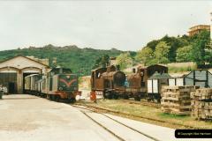 13 May to 20 May 2000  (44)001