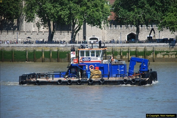 2013-08-01 Transport & The Shard.  (79)079