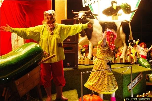 2015-11-18 The Somerset Carnivals 2015 - Shepton Mallet.  (17)017
