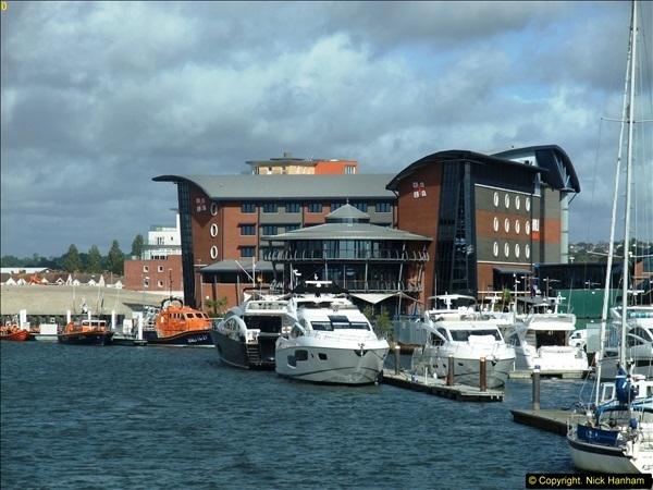 2013-10-04 RNLI Poole, Dorset.  (6)