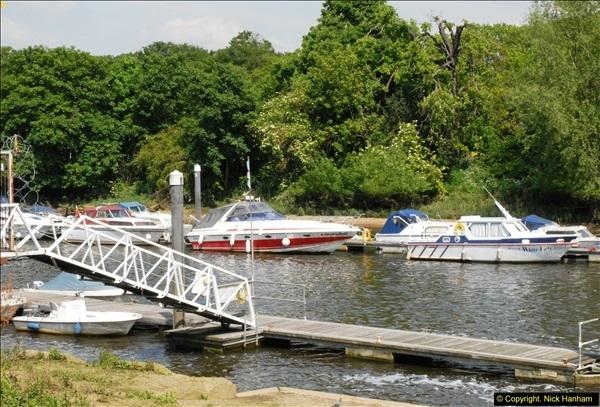 2014-05-16 Teddington Lock, River Thames,Teddington, Middlesex.  (2)