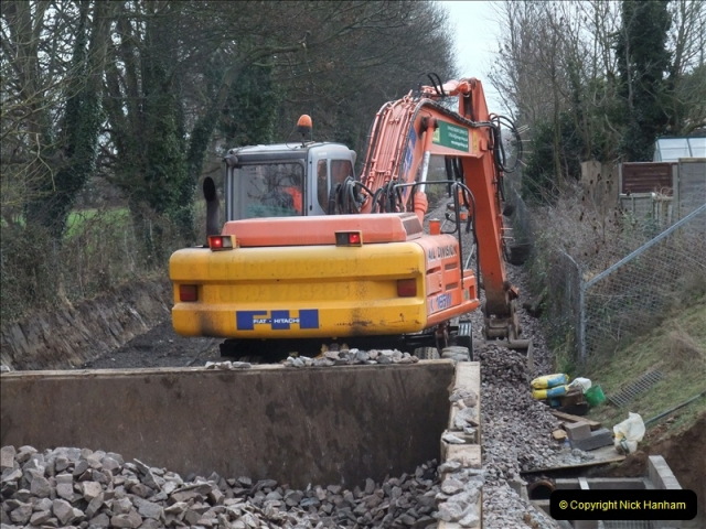2011-02-02 SR on 08 Trackwork Continues (20)510