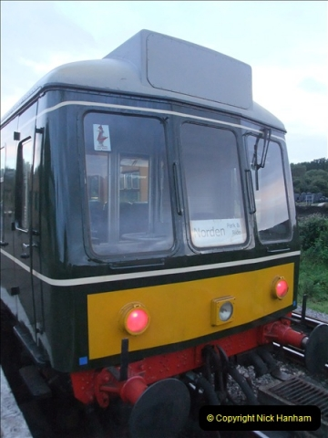 2011-08-27 Late Turn DMU.  (13)500