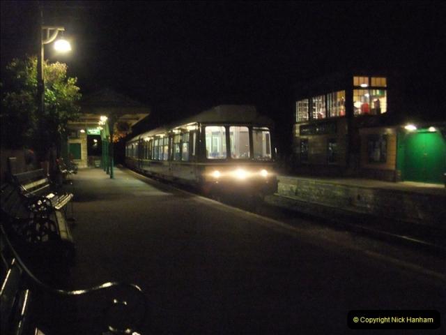 2011-08-27 Late Turn DMU.  (37)524