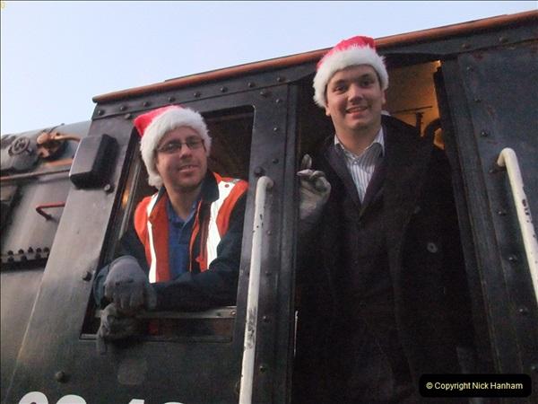 2011-12-10 Driving the DMU on Santa Specials No.2 (69)349