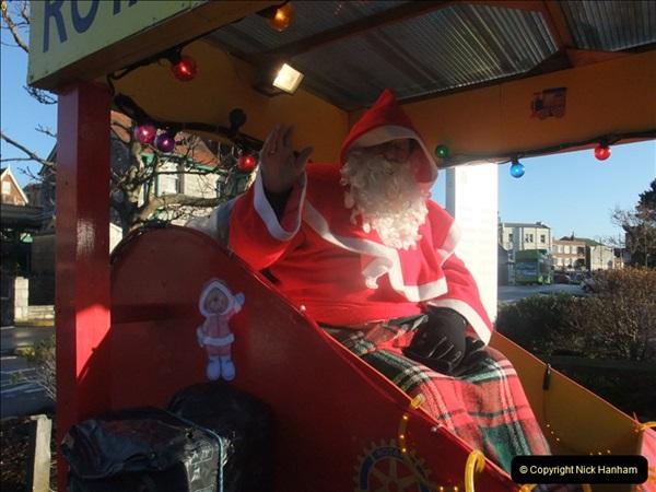2011-12-17 Driving the DMU on Santa Specials. No.3 (17)374