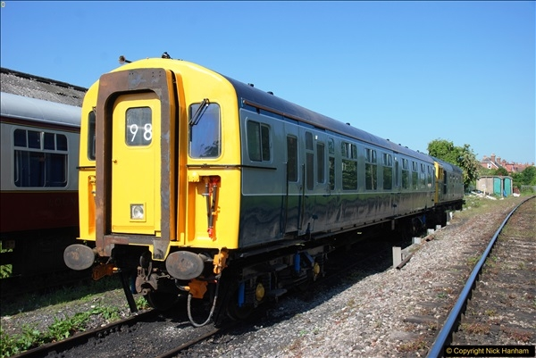 2017-05-25 First train of the day at 1000.  (25)0172