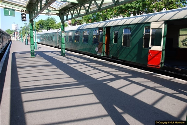 2017-05-25 First train of the day at 1000.  (36)0183