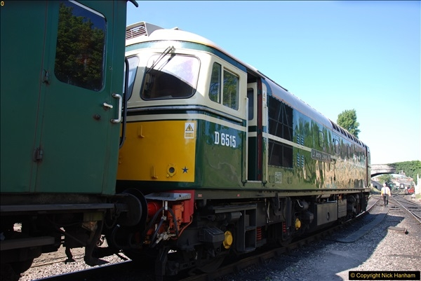 2017-05-25 First train of the day at 1000.  (40)0187