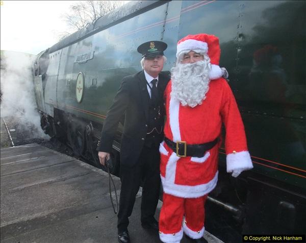 2013-12-08 Driving Santa Specials.  (40)357