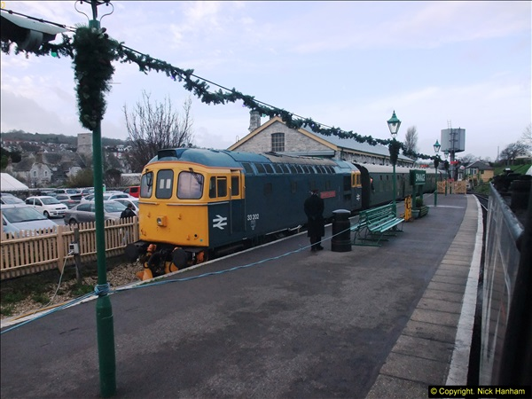 2013-12-24 Driving Santa Specials on Christmas Eve.  (44)536