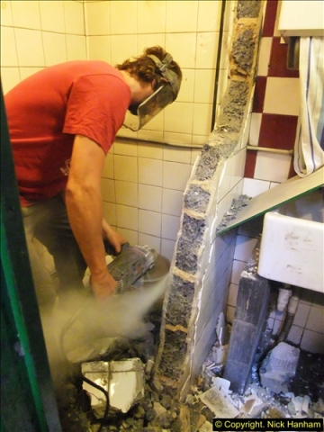 2015-07-22 Part demolition of internal wall of old messing area ready foe improvements.  (15)476