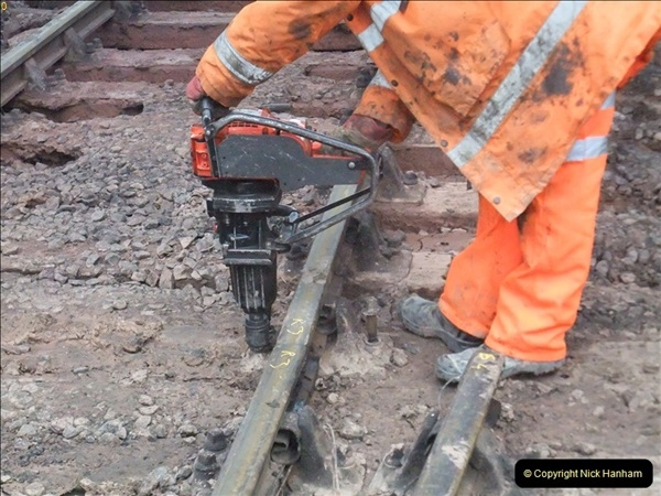 2012-01-05 SR Engineering work on the 08.  (40)040