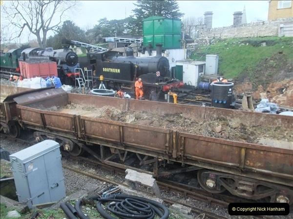 2012-01-05 SR Engineering work on the 08.  (79)079