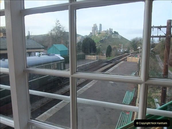 2012-01-07 Driving the DMU shuttle service Corfe Castle to Norden (136)251